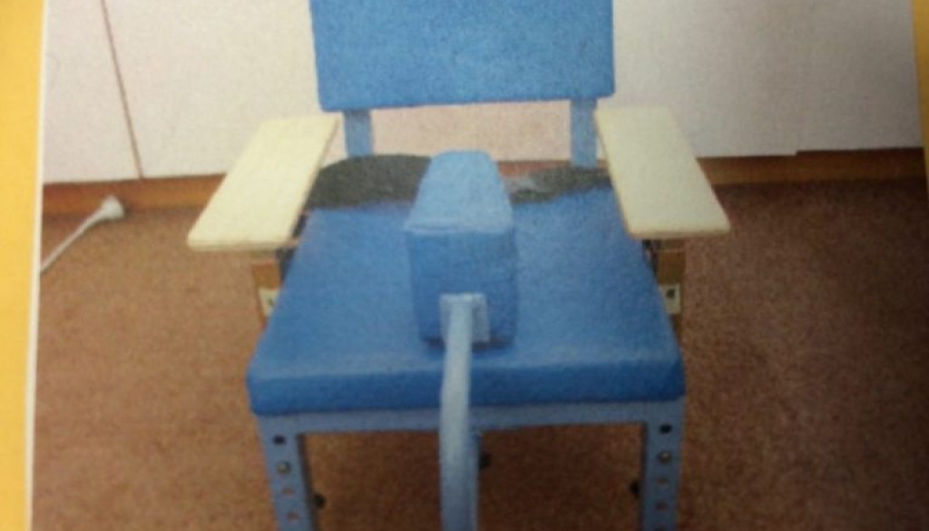 AdjustableChairWithPommel-768x576